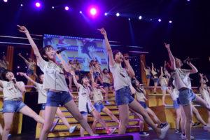 「HKT48夏のホールツアー2016~HKTがAKB48グループを離脱?国民投票コンサート~」ツアー2日目より ©AKS
