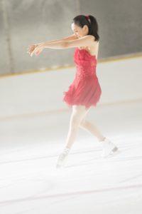 ガーナミルクチョコレート 新CM「真っ赤って、ときめき。浅田真央スケート」篇より